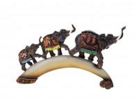 """Сувенир """"Три слона на роге"""""""